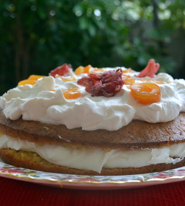 tourta cake portokali me mousse giaourti 2edited