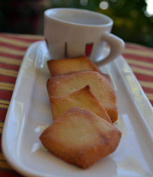biscotta tou kafe edited