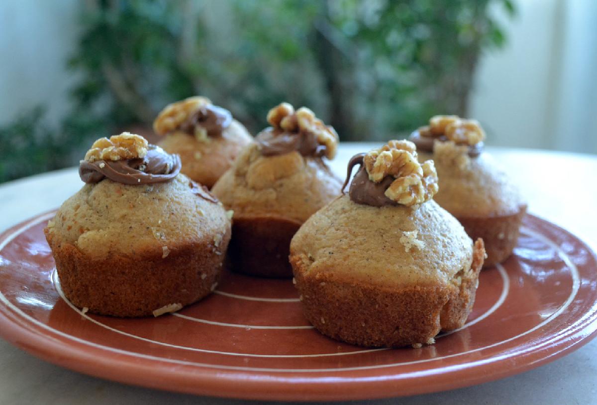 muffins-afrata-me-baharika-kai-pralina-edited